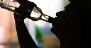 كحول مسمم يتسبب في كارثة